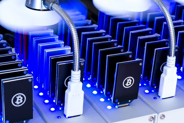 Cryptocurrency mining hardware india